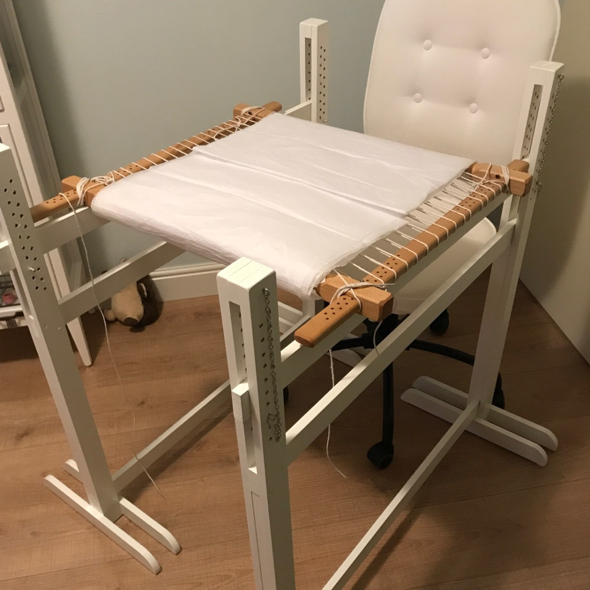How to make a pair of trestles for your embroidery frame