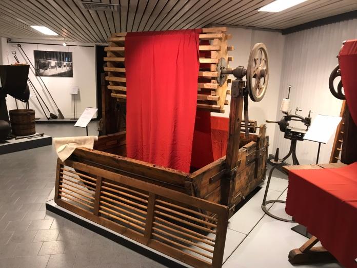 Wooden dyeing vat